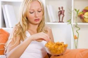 Binge Eating: 4 Dangerous Myths