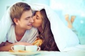 How Food Cravings & Sexual Desire Overlap
