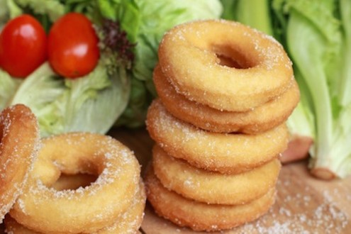Flexible Dieting: Balancing Between Veggies & Doughnuts