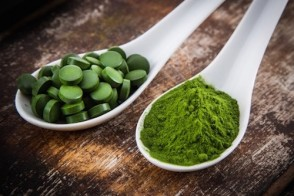 Ask Dr. Mike: Hawaiian Spirulina vs. Chlorella & Bicycling Prostate Concerns