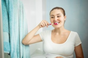How to Avoid Pregnancy Gingivitis