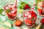 Light & Natural Low-Calorie Summer Drinks
