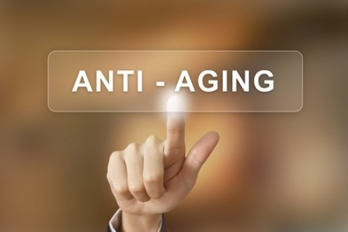 How to Naturally Reverse the Signs of Aging