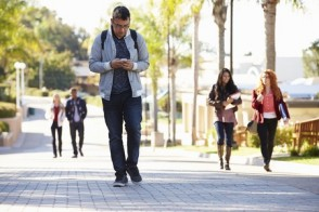 Distracted Walking Causes a Spike in ER Visits