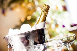 Popping Champagne? Health Benefits of Bubbly