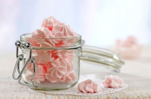 Healthy Valentine's Day Treats & Traditions