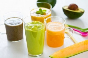 Juicing vs. Cleansing vs. Blending: What's the Difference?
