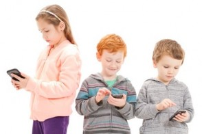 What to Consider Before Giving Your Child a Smartphone