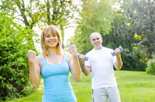 Is Exercising Outdoors Better for You than Hitting the Gym?