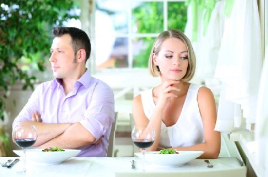 Men & Marriage: Signs He's Not Ready to Commit