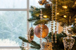 Create a Healthy, Non-Toxic Home for the Holidays