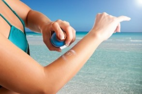 Ask HER: Reapplying Sunscreen PLUS Reducing Cholesterol