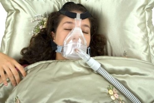 Sleep Apnea May Raise Women's Heart Risk, but Not Men's