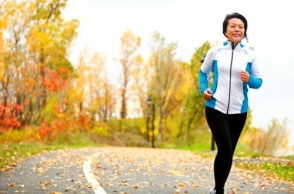 Should You Run in Middle Age? Or Is Walking Better?