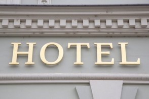 10 Hotel Booking Mistakes to Avoid
